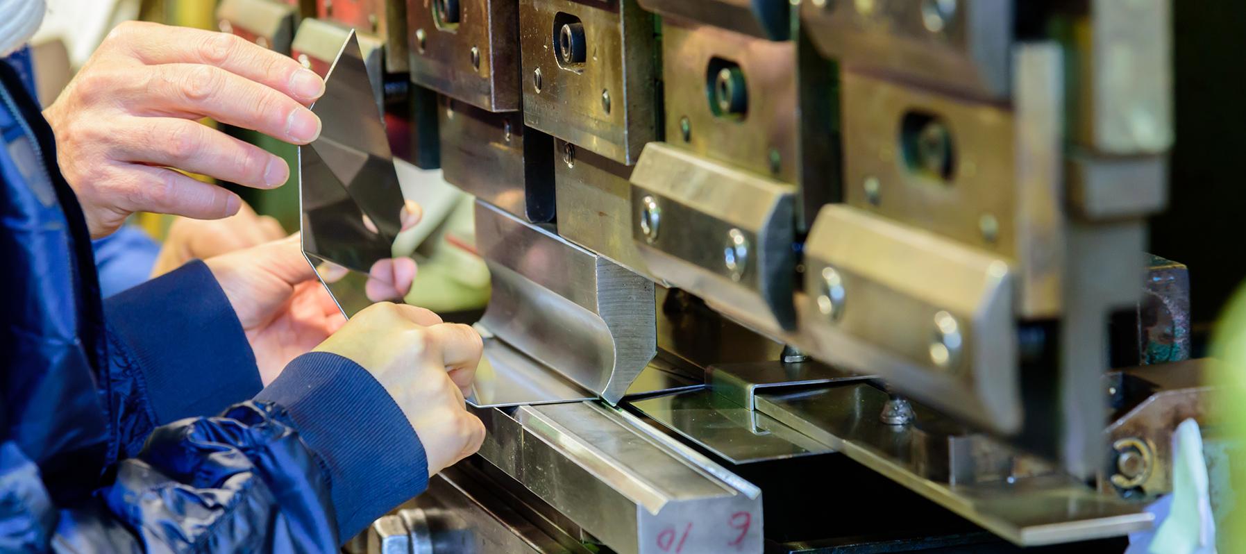 熟練の職人技で信頼に応える 鈑金・製缶のスペシャリスト